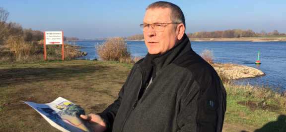 Bürgermeister Dehde aus Neu Darchau hat einen Brief an Lüneburgs Landrat Manfred Nahrstedt geschrieben, eine Art Kriegserklärung, falls der Landkreis wirklich bei Neu Darchau wieder die Elbbrücke plant.