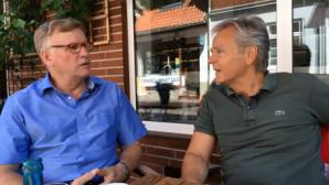 Der Chef der Kreistags-AG Elbbrücke, Berni Wiemann, im Gespräch mit Hans-Herbert Jenckel.