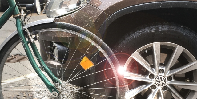 Auf Lüneburgs Straßen sind die Fronten zwischen Räder und Autos verhärtet, Verstöße und Beschimpfungen an der Tagesordnung.